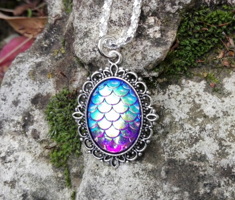 dragon_egg_pendant_blue_2
